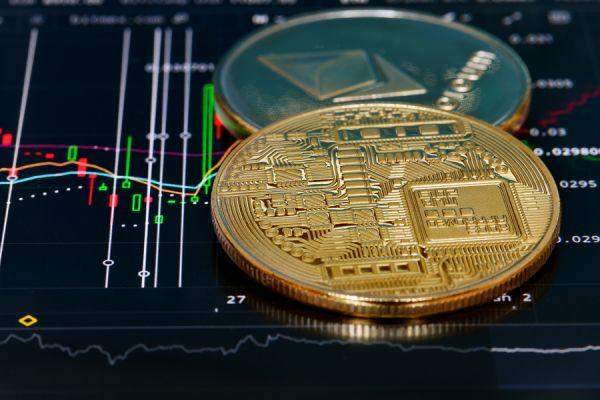 Анализ цены на Bitcoin/Ethereum: Рынок в ожидании