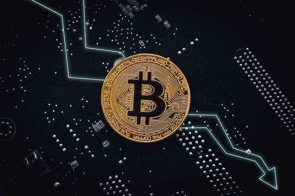 Анализ цен на Bitcoin/Ethereum: Внезапный обвал